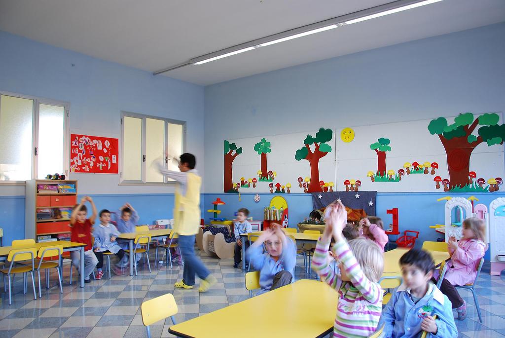 La scuola s giuseppe parrocchia di santena for Addobbi natalizi per scuole materne